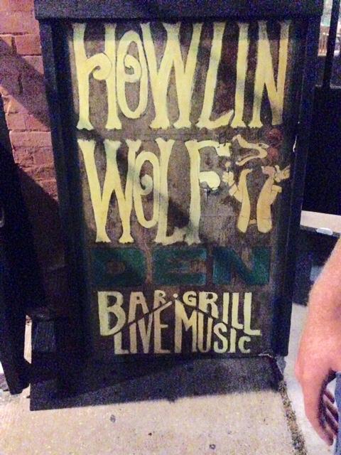 Howlin' Wolf Sign