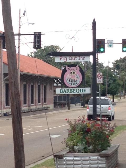 Pig Out Inn 3